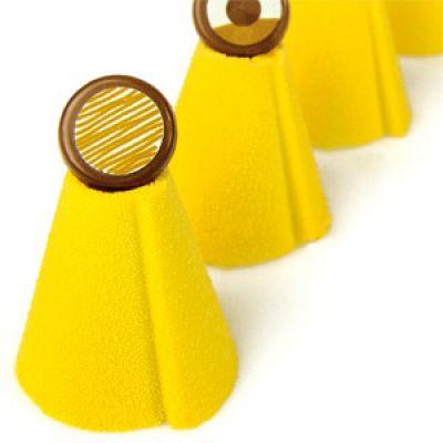 Шоколадный декор-аэрозоль ДОЛЬЧЕ ВЕЛЮТО жёлтый